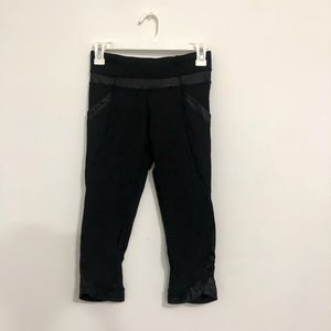 Lululemon Black Cropped Leggings with Pocket